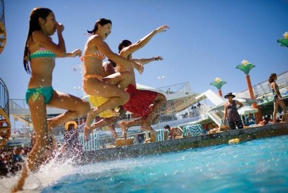Costa Diadema:Hispaania, Mallorca, Sitsiilia, Prantsusmaa, algus Barcelonast